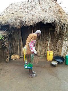 presso viaggiare alla scoperta del villaggio maasai in Tanzania