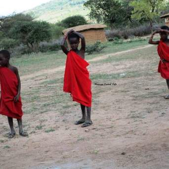 piccoli masai in savana