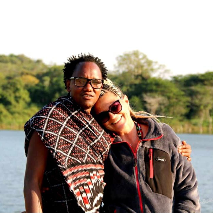 Una coppia mista Italo/Maasai